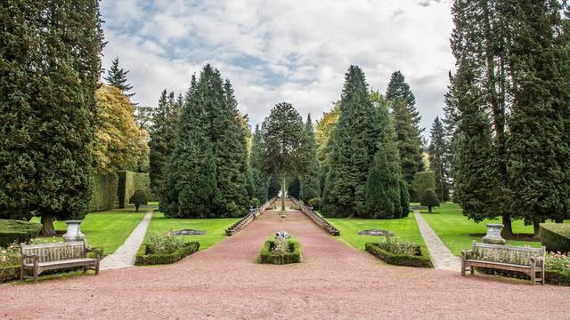 Jardin du château de Jehay