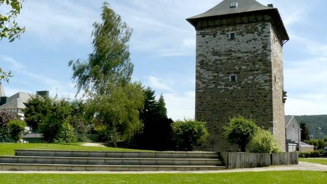 Tour romane à Amay