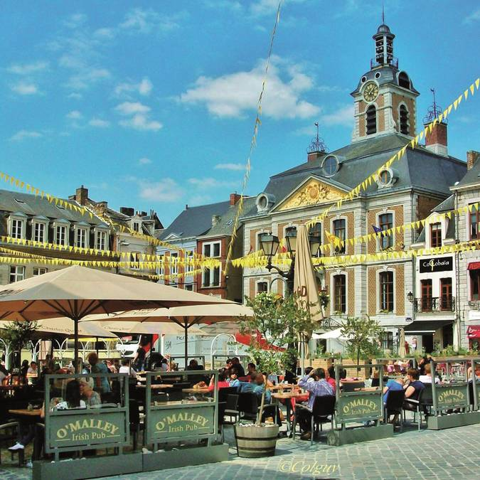Grand Place de Huy - copyright Colguy