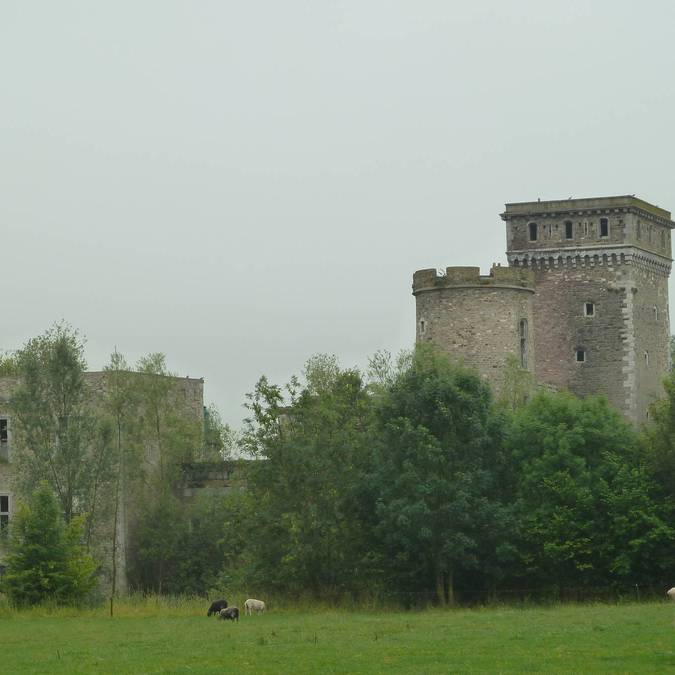 Château de Seraing-le-Château